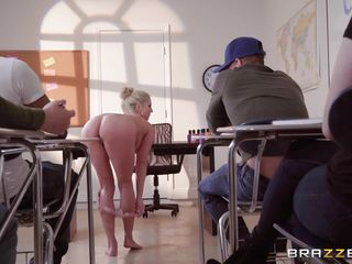 Порно внук кончил бабушке в рот