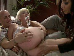 порно жена заставила лизать пизду