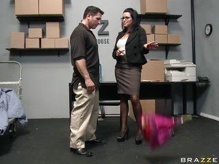 Порно сосут большие сиськи