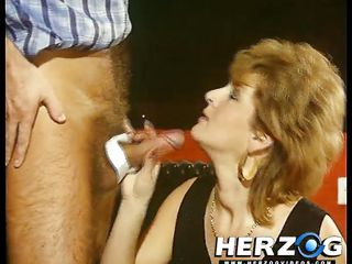 Жесткое порно со зрелыми